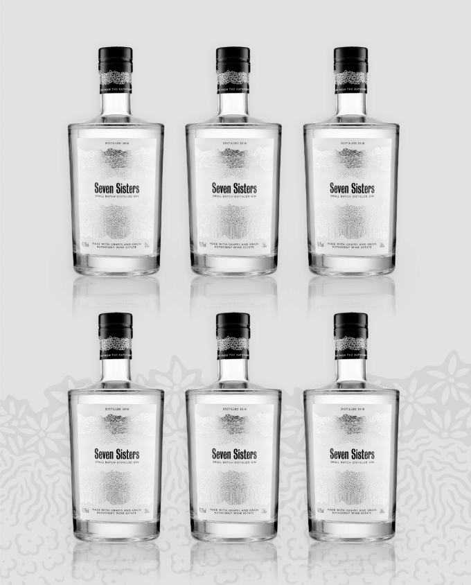 Seven Sisters Gin Case